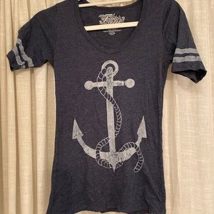 soft tee-shirt with anchor design